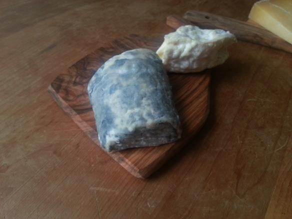 Dorstone Goats Cheese from The Courtyard Dairy