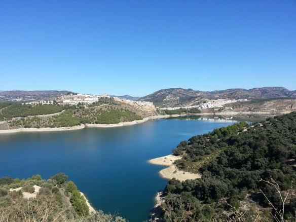 Finding the Embalse de Iznájar after a local tip.